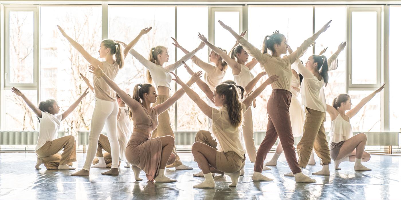 Asker kulturskole dans: «Lysglimt»