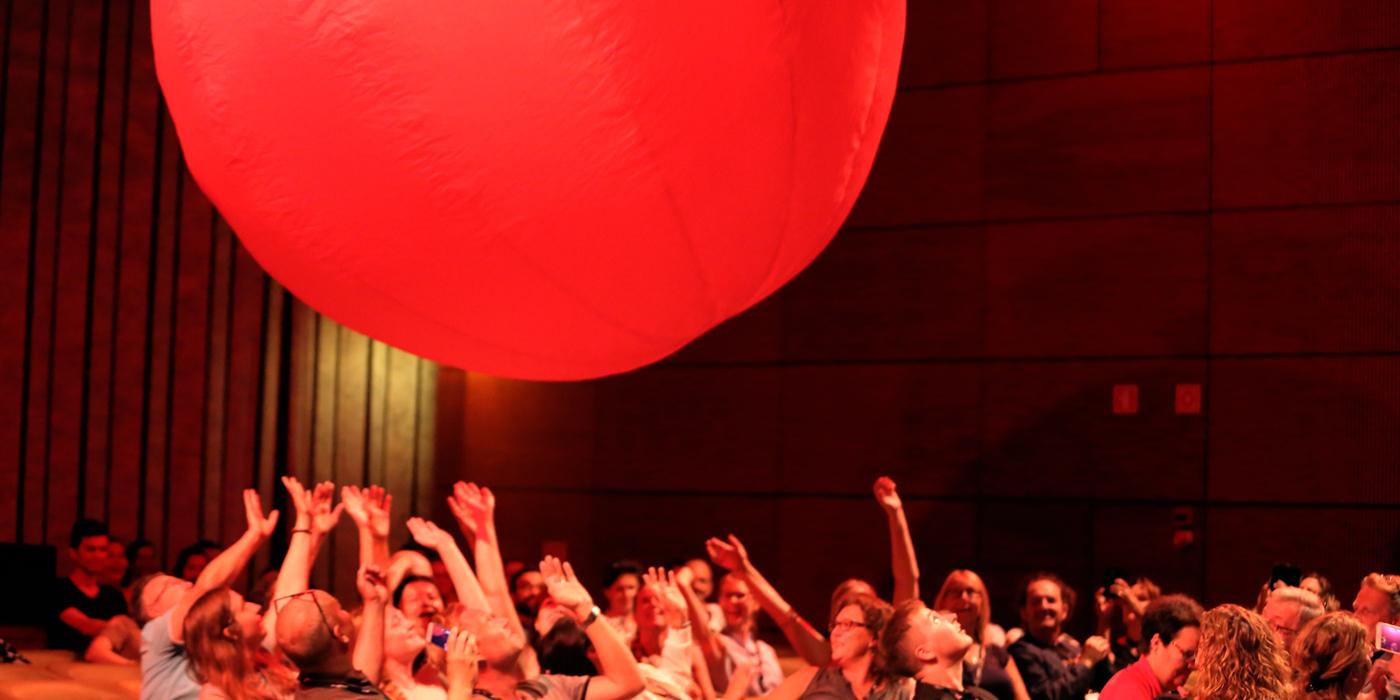 La Balle Rouge